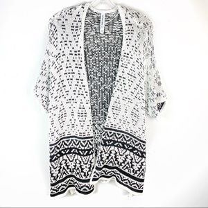 Aeropostale Black White Short Sleeve Knit Cardigan